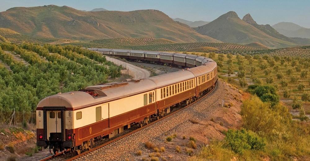 Train Al Andalus en Andalousie dans la campagne